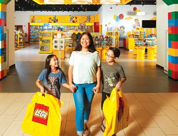 LEGO® Store | LEGOLAND Discovery Center Chicago