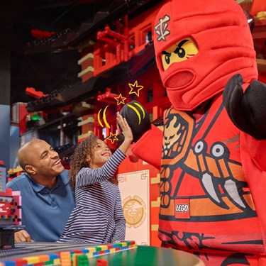 LEGO Characters | LEGOLAND Discovery Center New Jersey