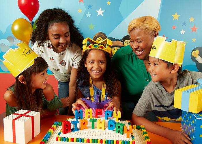 Birthdays are AWESOME at LEGOLAND Discovery Center! Celebrate your child's birthday at the most fun birthday venue in San Antonio!
