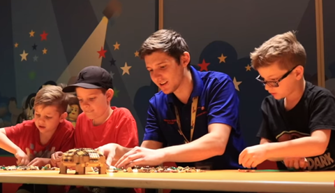Masterbuilders Design A Lego Turtle | LEGOLAND Discovery Center